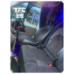 Volkswagen Caravelle Seats 2+1